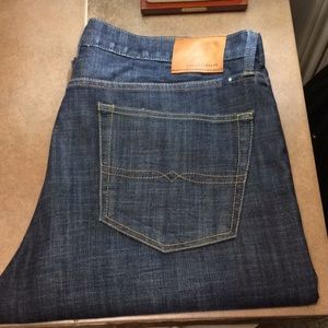 EUC 329 Classic Straight Lucky Brand Jeans